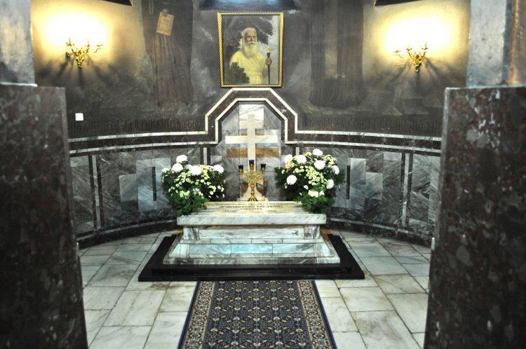 2011-12-01 Начались дни памяти архиепископа Серафима