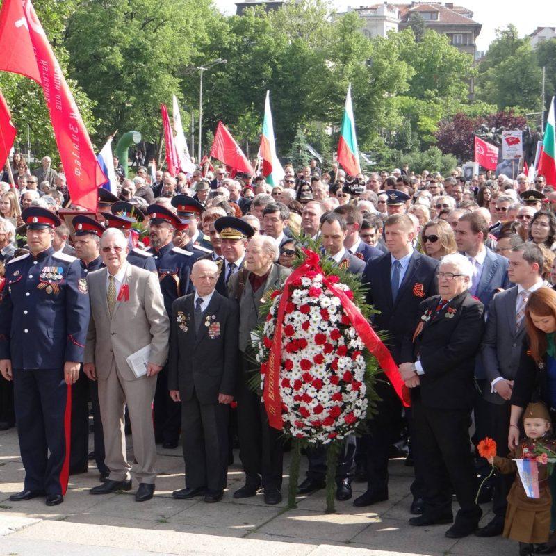 лития у памятника советским войнам 2а