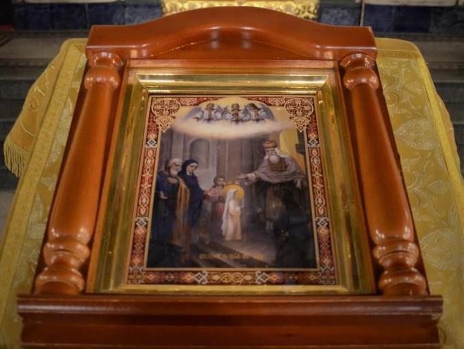 икона Введения Пресвятой Богородицы