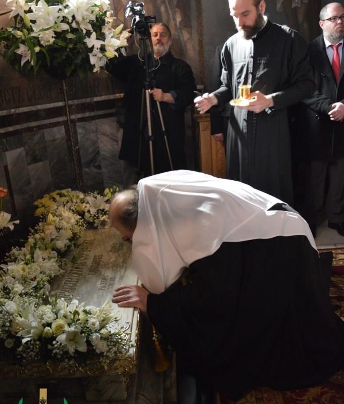молебен у мощей свт. Серафима Софийского (10)