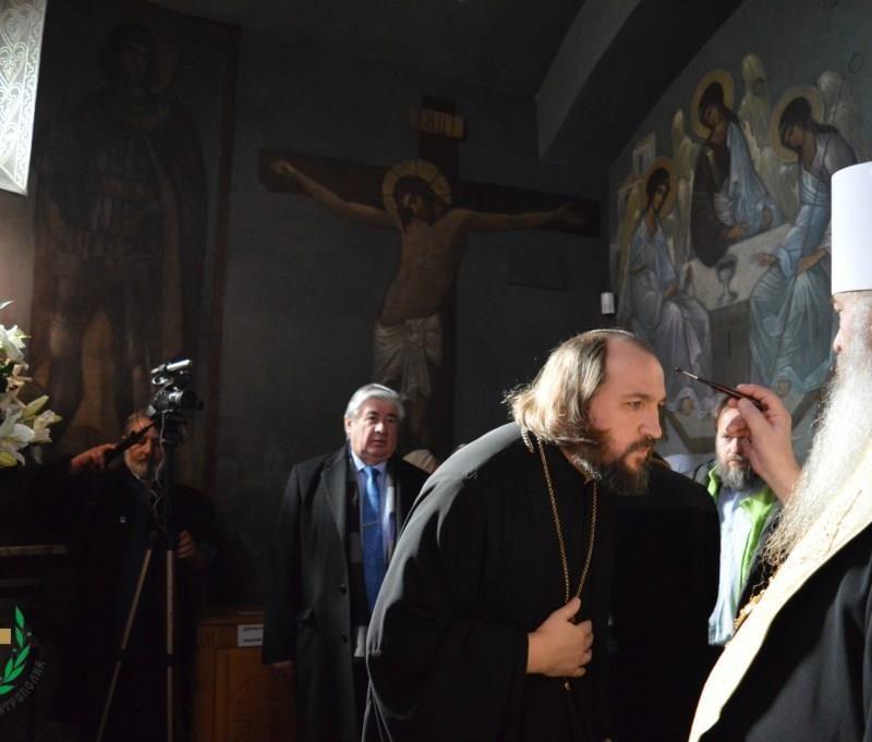 молебен у мощей свт. Серафима Софийского (14)